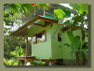 Small Simple House in a riverfront property close to Corcovado Park, in the Osa Peninsula