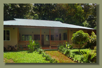 A nice New House in a Forest Lot, in the central Osa Peninsula with electric grid and great water spring